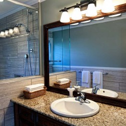 modern_eurostyle_bathroom